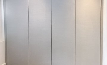 Hinged wardrobes with push open