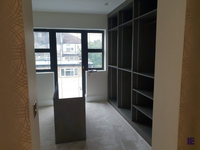 builtin Walk in Wardrobes